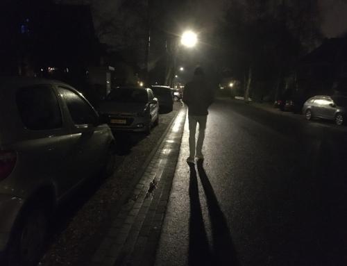 Praten met tieners over de lockdown: de avondklok